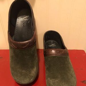 Dansko suede and leather clogs. Size 42/11.5-12